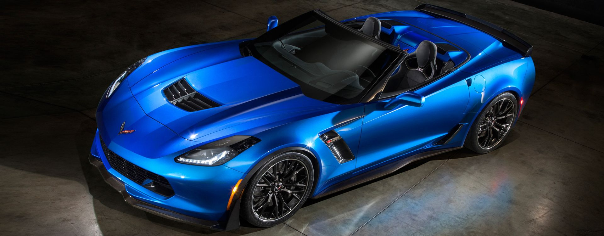 2015 Chevrolet Corvette Z06 Convertible 1 1920x1080