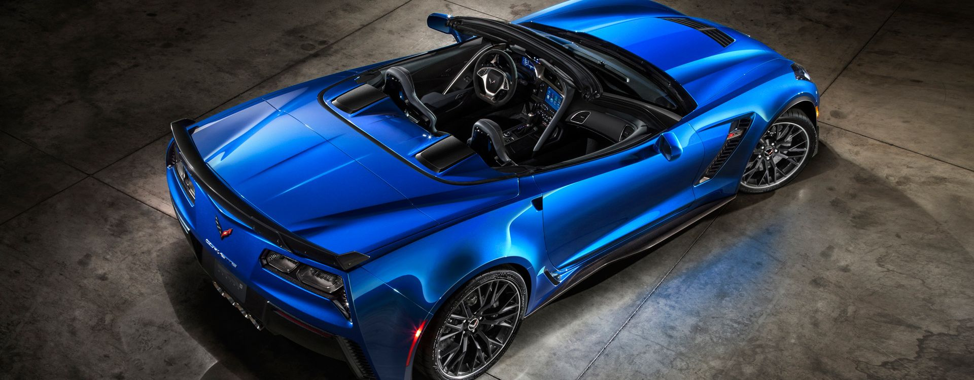 2015 Chevrolet Corvette Z06 Convertible 3 1920x1080
