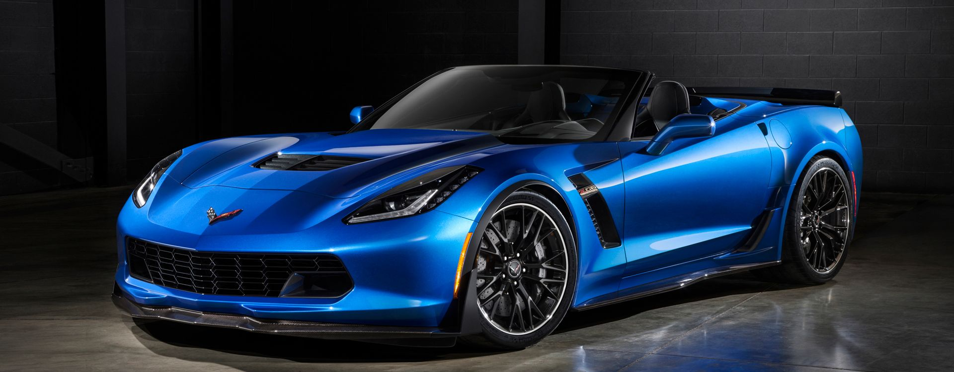 2015 Chevrolet Corvette Z06 Convertible 5 1920x1080